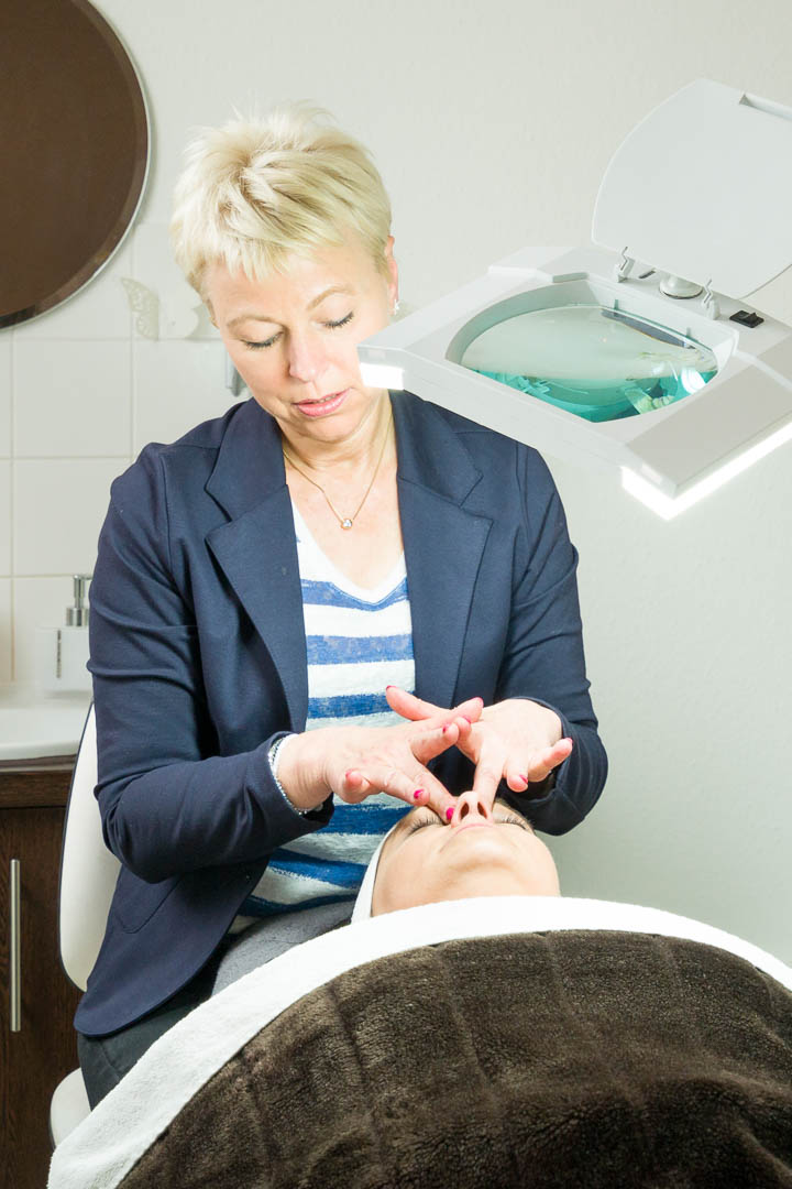 Anwendung im Kosmetikstudio