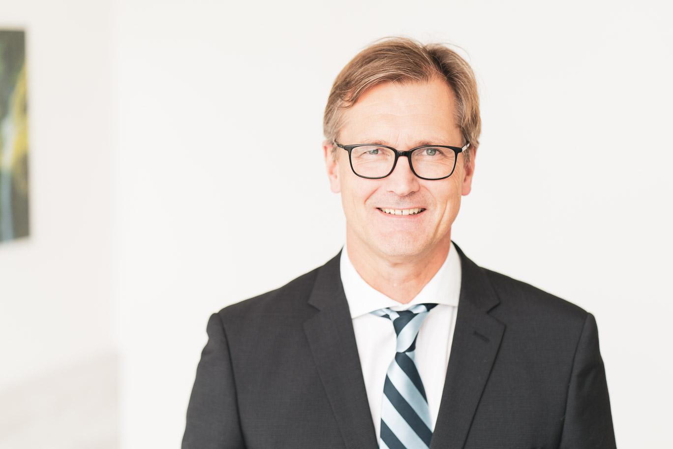 Dr. med. Ulrich Rieß